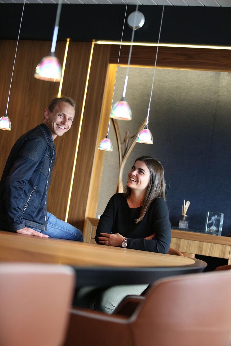 thomas et maeley dunoyer la rel ve au service de l 39 entreprise familiale. Black Bedroom Furniture Sets. Home Design Ideas